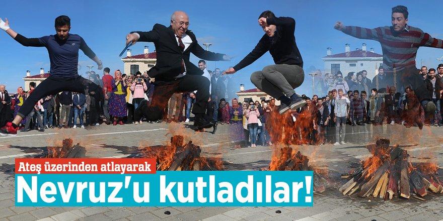 Yozgatlılar ateş üzerinden atlayarak Nevruz'u kutladı!