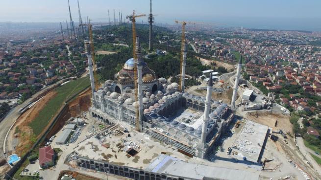 Çamlıca Cami'nde dev kubbenin beton dökme işlemi başladı 5