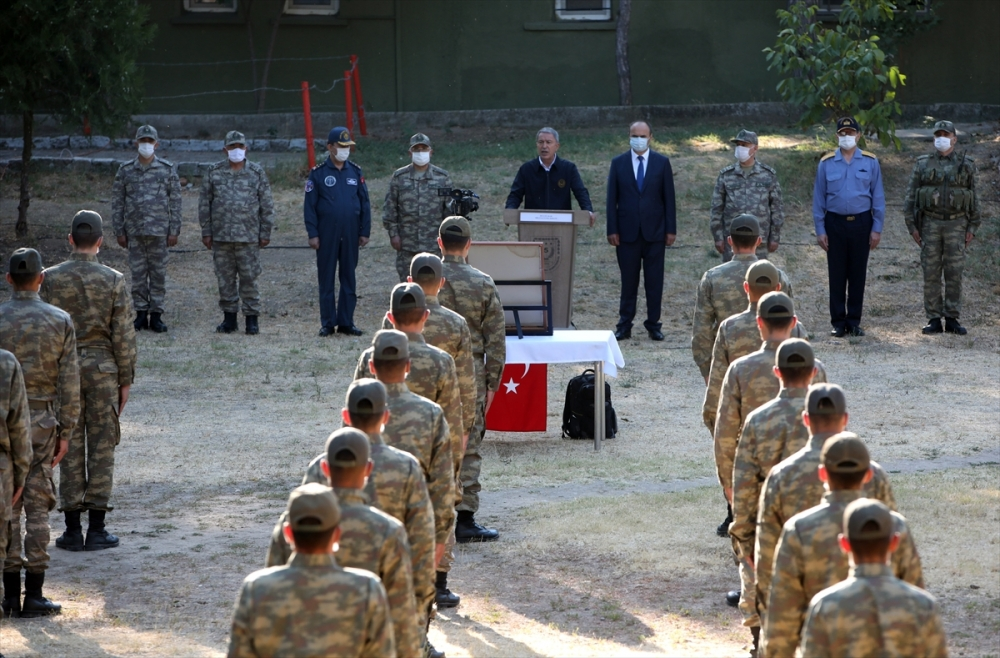 Akar ve TSK Komuta Kademesi Hudut Kartallarıyla bayramlaştı 1