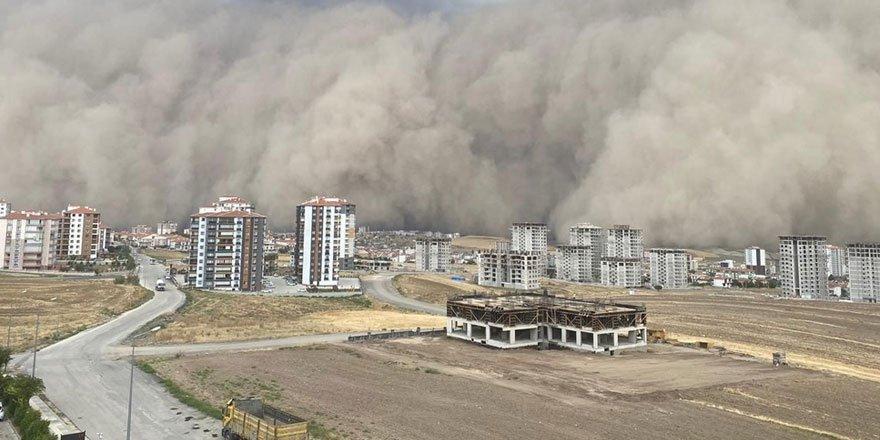 Ankara'daki kum fırtınasına dair yeni görüntüler geldi!