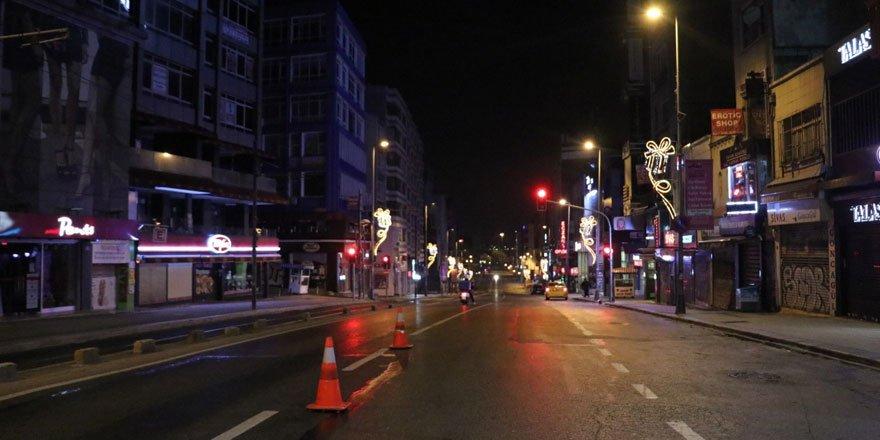 İstanbullular kısıtlamalara uyuyor
