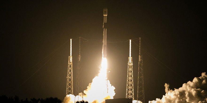 TÜRKSAT 5A'nın uzaya fırlatılma anından kareler