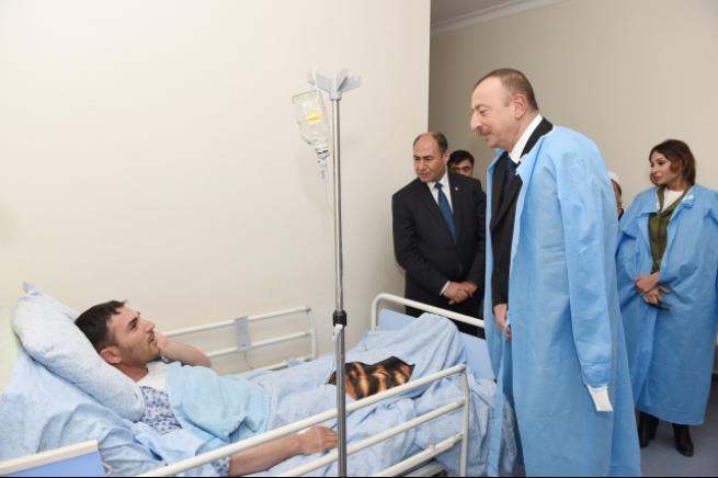 Aliyev, cephe hattında incelemelerde bulundu 5