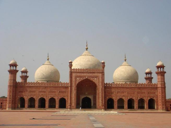 Dünyanın en büyük 10 camii 11