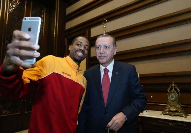 Eurocup Şampiyonu Galatasaray Erkek Basketbol Takımı Külliye'de 9