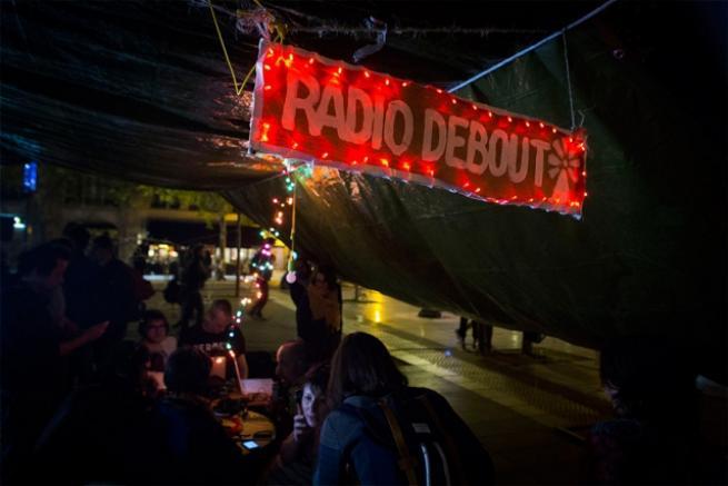 Fransa'da 'gece ayakta' eylemi 12
