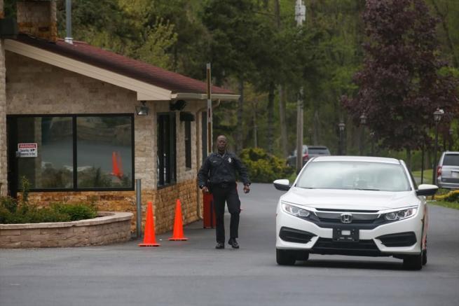 Terör örgütü elebaşı Gülen'in gizli yaşamı Amerikalı komşularını te 25