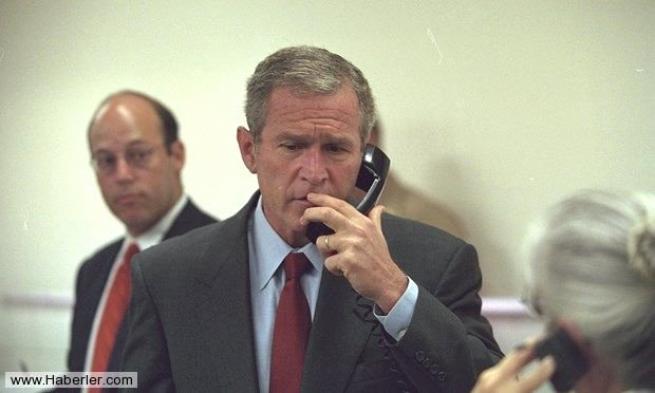 11 Eylül saldırısının hiç yayınlanmamış Bush fotoğrafları 29