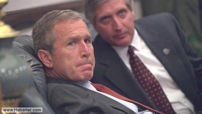 11 Eylül saldırısının hiç yayınlanmamış Bush fotoğrafları 33