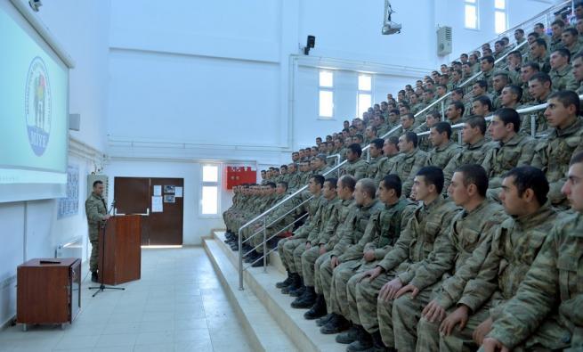 Askere gidecekler için işte ACEMİ BİRLİĞİ 18