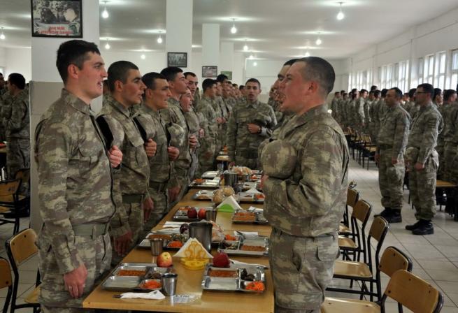 Askere gidecekler için işte ACEMİ BİRLİĞİ 19