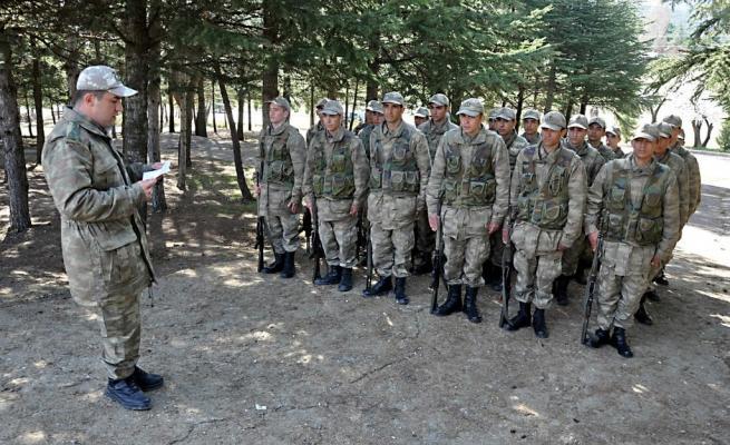 Askere gidecekler için işte ACEMİ BİRLİĞİ 22