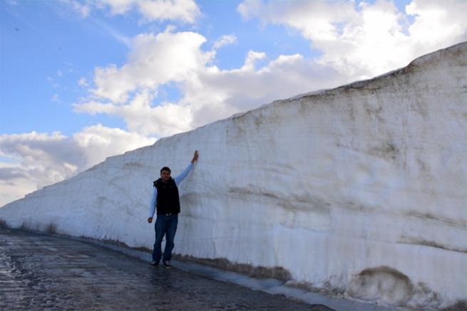 Kar kalınlığı halen 5 metre 3