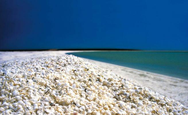 Dünyanın en ilginç 10 plajı 2