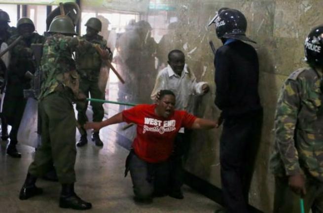 Kenya polisinden sert müdahale 11