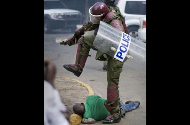 Kenya polisinden sert müdahale 8