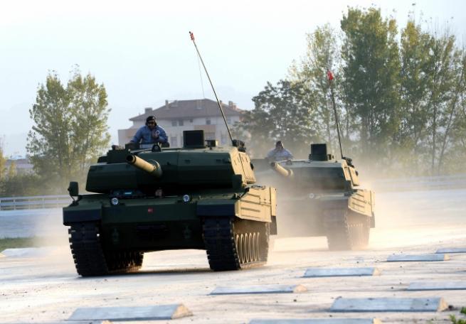 """Türkiye'nin yerli üretim tankı """"Altay"""" 11"""