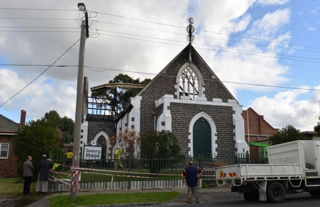 Avustralya'da cami yakıldı 1