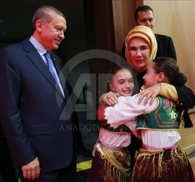 Cumhurbaşkanı Erdoğan dünya çocuklarıyla buluştu 11