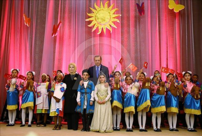 Cumhurbaşkanı Erdoğan dünya çocuklarıyla buluştu 13