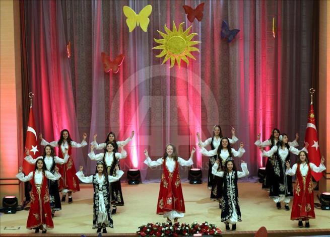 Cumhurbaşkanı Erdoğan dünya çocuklarıyla buluştu 15