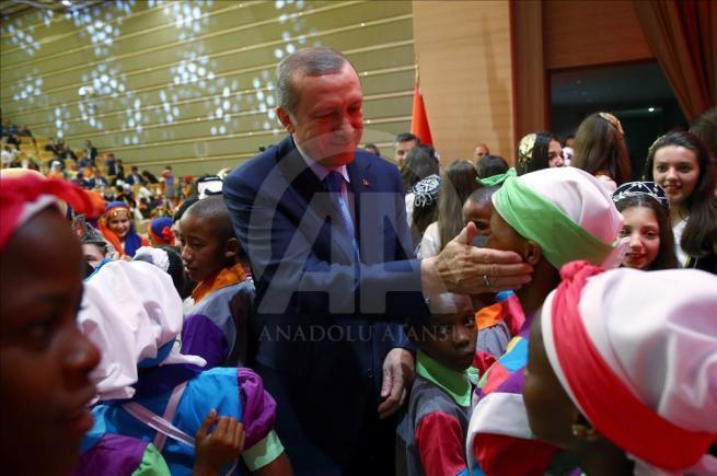 Cumhurbaşkanı Erdoğan dünya çocuklarıyla buluştu 16