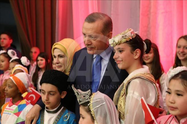 Cumhurbaşkanı Erdoğan dünya çocuklarıyla buluştu 4