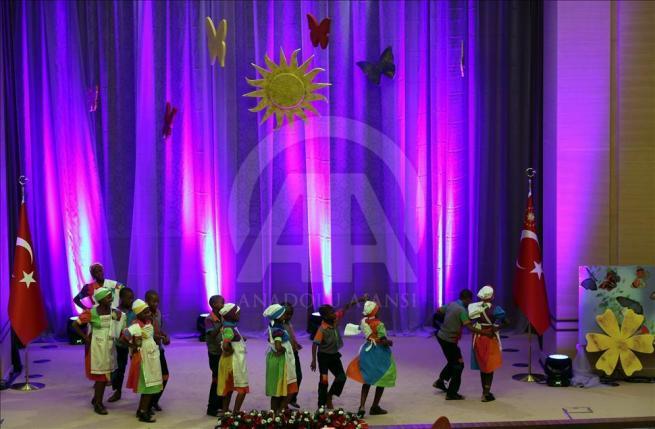 Cumhurbaşkanı Erdoğan dünya çocuklarıyla buluştu 8