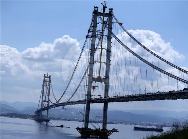 İzmit Körfez Geçişi Asma Köprüsü'nde sona doğru 3
