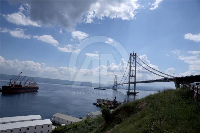 İzmit Körfez Geçişi Asma Köprüsü'nde sona doğru 6