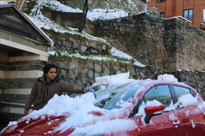 Ayder Yaylası'na kar yağdı 5
