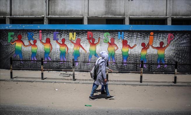 Gazze'nin duvarlarına Filistin kültürünü resmediyorlar 2