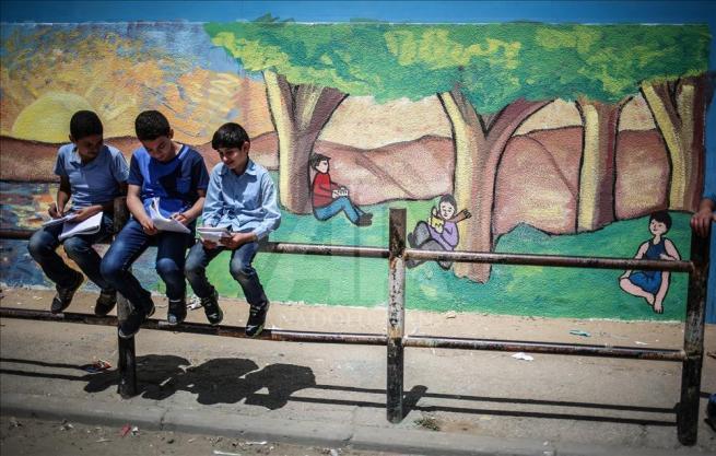 Gazze'nin duvarlarına Filistin kültürünü resmediyorlar 3