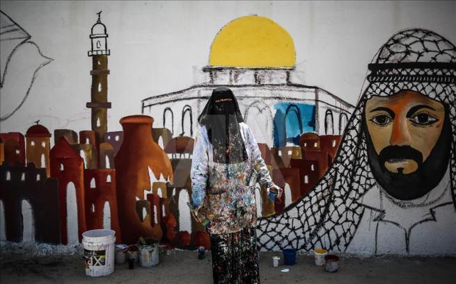 Gazze'nin duvarlarına Filistin kültürünü resmediyorlar 5