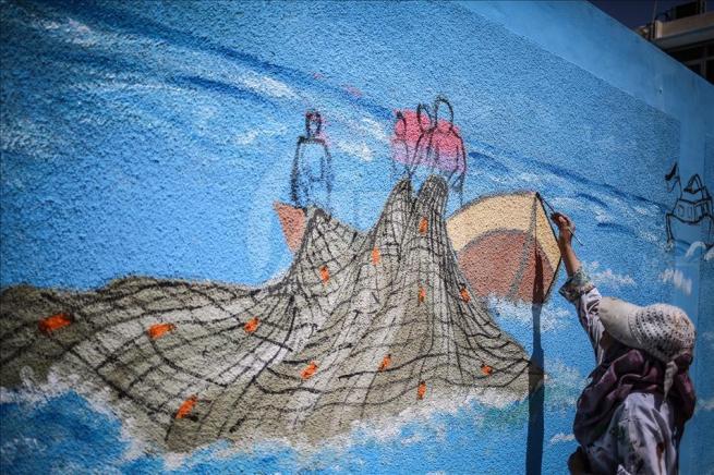 Gazze'nin duvarlarına Filistin kültürünü resmediyorlar 7