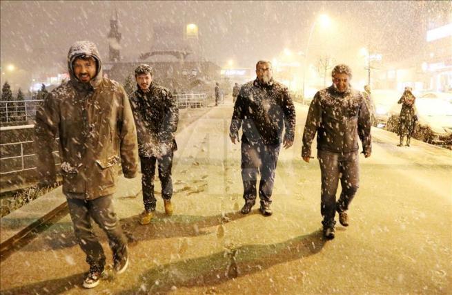 Erzurum'a nisan ayında kar yağdı 2