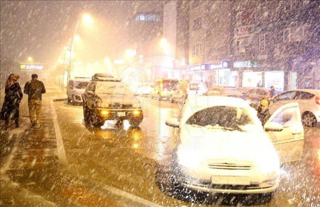 Erzurum'a nisan ayında kar yağdı 4