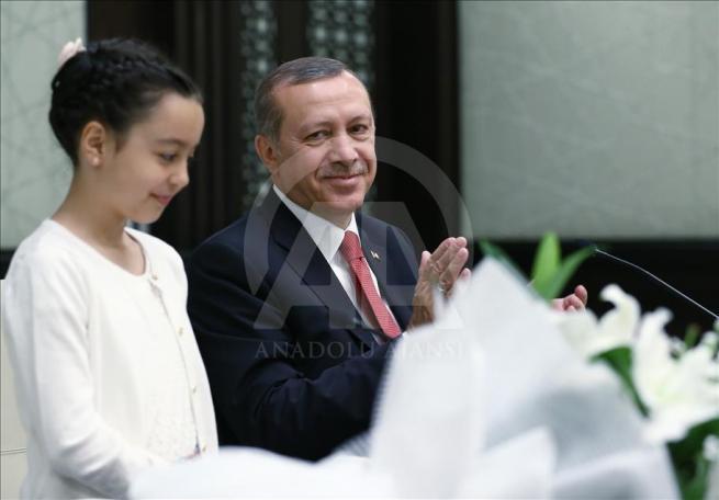 Cumhurbaşkanı Erdoğan, Bakan Avcı ve öğrencileri kabul etti 9