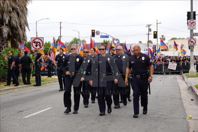 Ermenilerden Los Angeles'ta protesto 10
