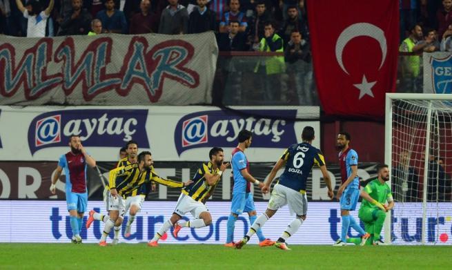 Dünya basını olaylı Trabzonspor-Fenerbahçe derbisini böyle yazdı. 18