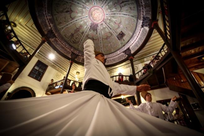 450 yıllık tekkedeki sema törenlerine Ramazan'da yoğun ilgi 1