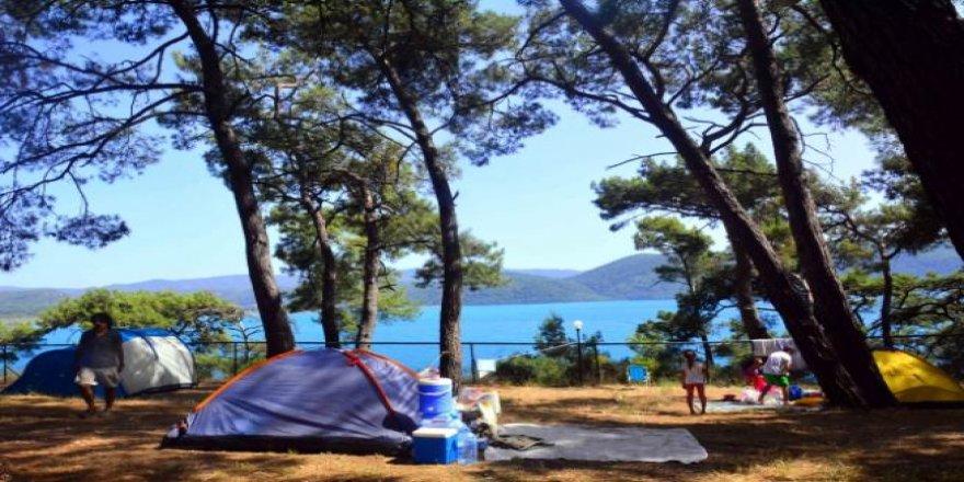 Otellere alternatif serinleten tatil Çadır kampı