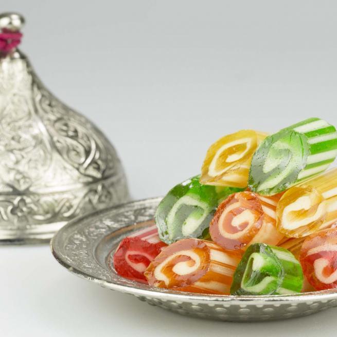 Ambalajına yapışık olan şekere dikkat 1