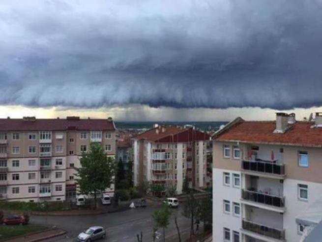 Edirne'deki bu görüntü uçak düşürebilir 1