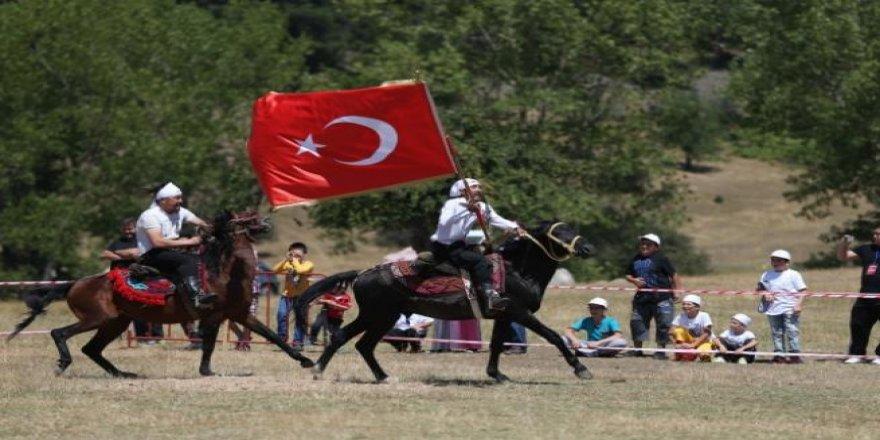 En eski Türk savaş oyunu'nu yaşatıyorlar