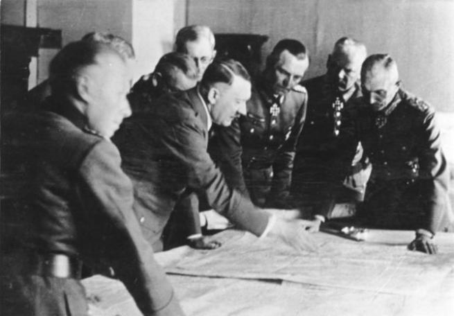 Hitler'in görülmemiş fotoğrafları 1