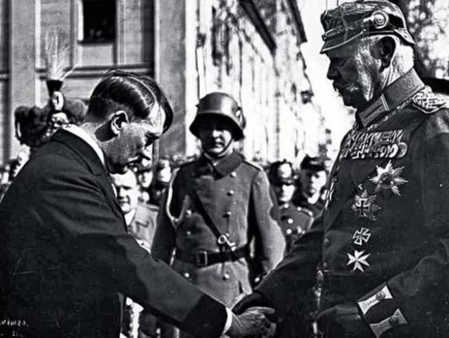 Hitler'in görülmemiş fotoğrafları 9
