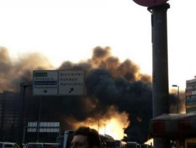 Yenibosna'da patlama! İşte ilk görüntüler 1