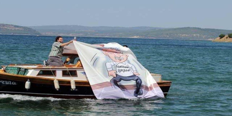 Ak Parti'li gençler CHP'lilerle fena dalga geçtiler!