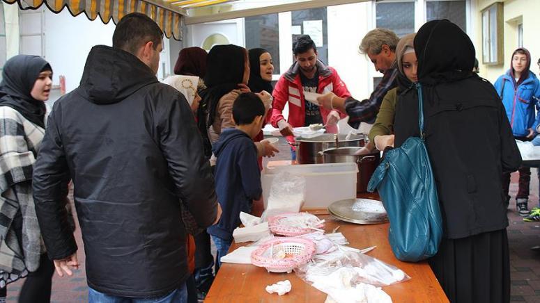 Sığınmacılar için yemek programı